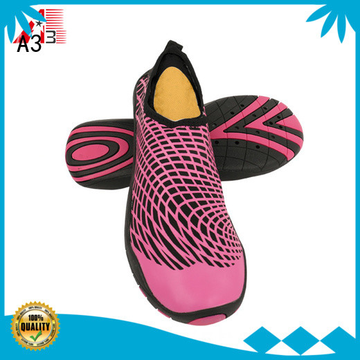 Economical best water shoes manufacturer for river tracing